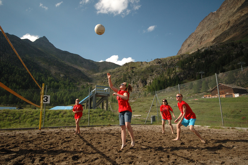 Hoteleigener Beachvolleyball