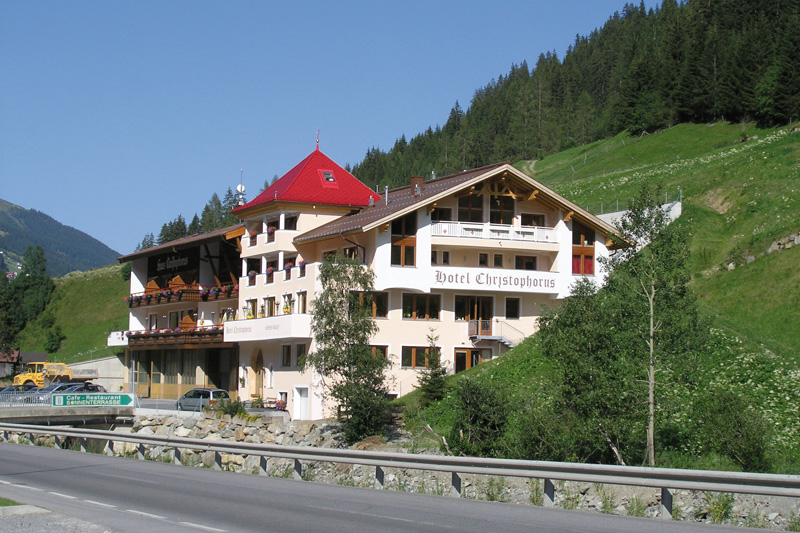 Sommerurlaub im Hotel Christophorus in Kappl