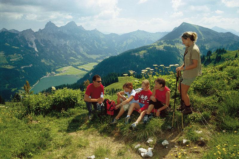 Familienwanderung im Tannheimer Tal