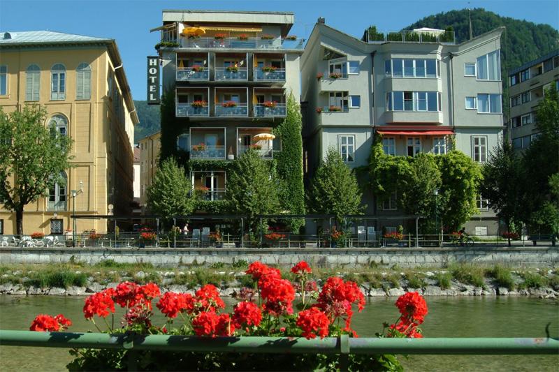 Sommerurlaub im Goldenen Schiff in Ischl