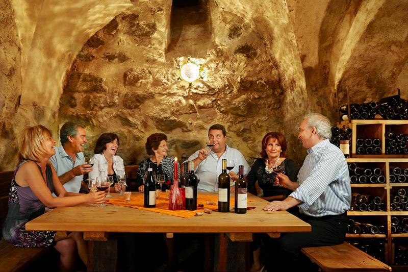 Weinprobe im Matillhof