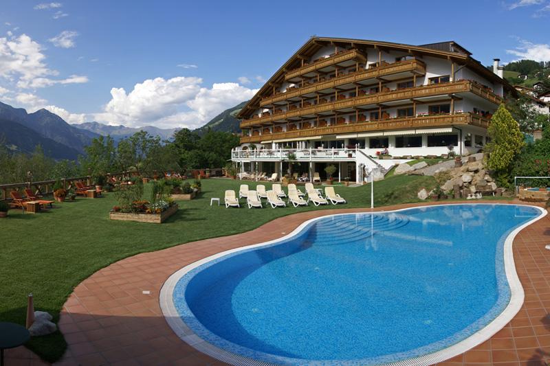 Sommerurlaub im Hotel Verdinser Hof in Schenna