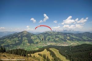 Paragliding in den Alpen