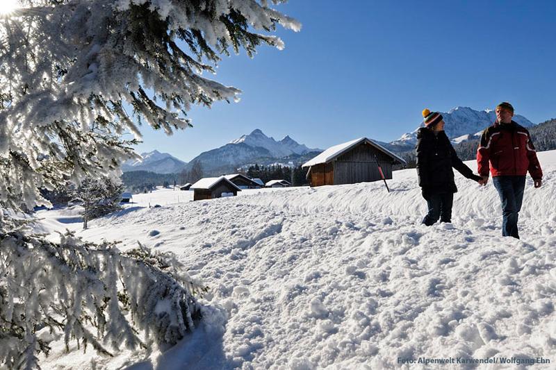 Winterwandern in Alpenwelt Karwendel