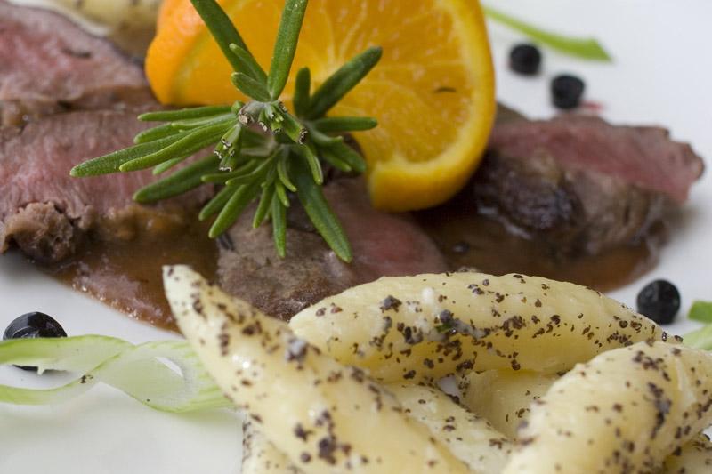 Kulinarisches aus der Region und vom eigenen Bauernhof