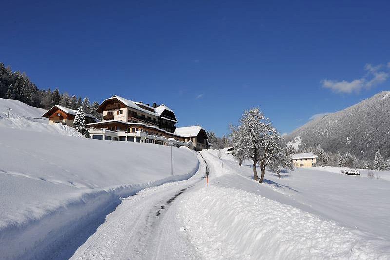 Winterurlaub im Hotel Nagglerhof am Weissensee