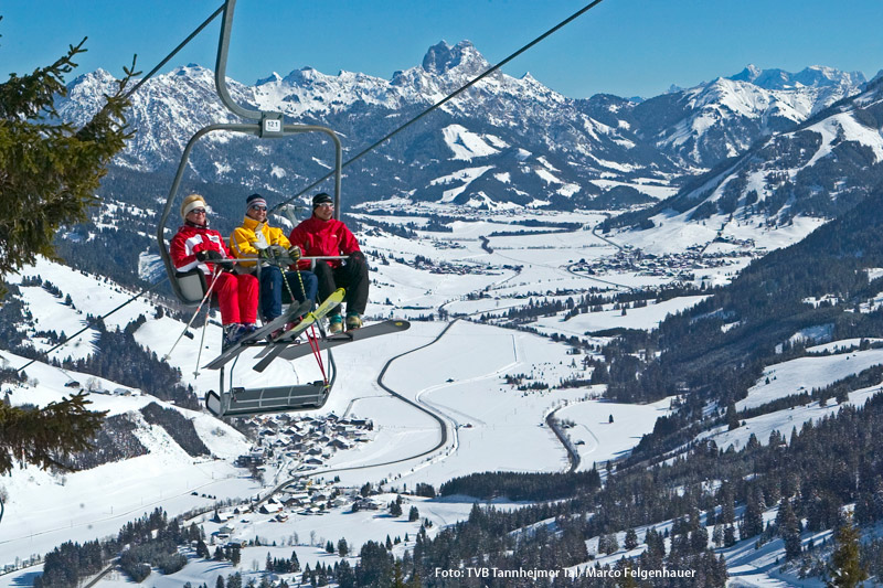 Perfekter Ausblick über das Skigebiet Tannheim
