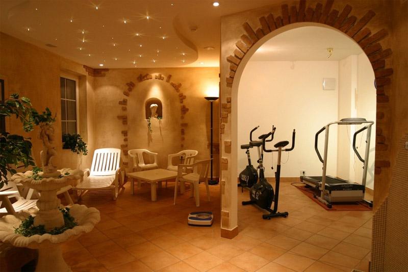 Sauna- und Fitnessbereich
