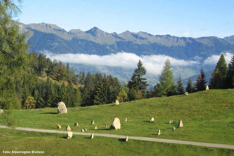 Steinkreise Bürserberg auf dem Hochplateau Tschengla