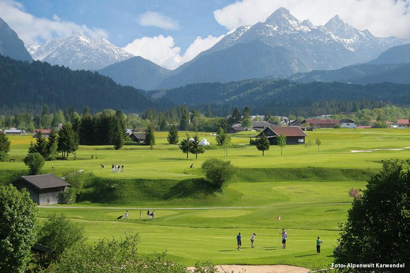 Golf- und Landclub Karwendel mit einer erstklassigen 9-Loch-Anlage