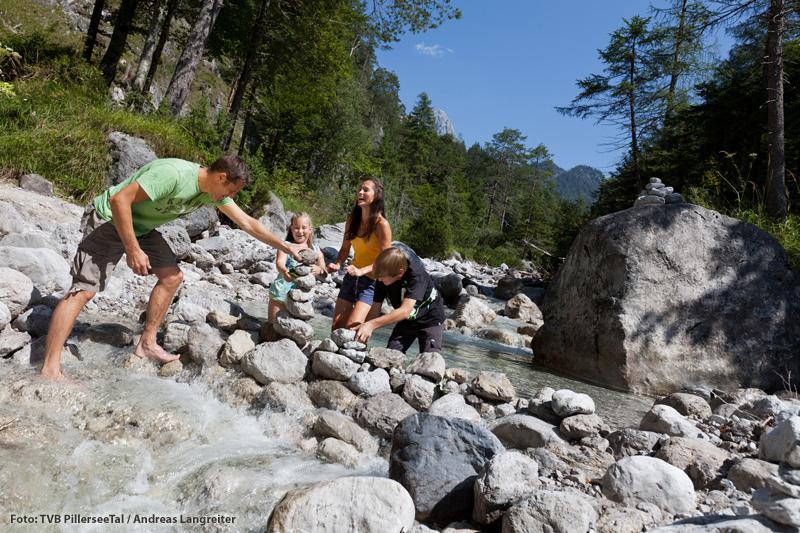 Mit Kindern die Bergwelt von Tirol entdecken