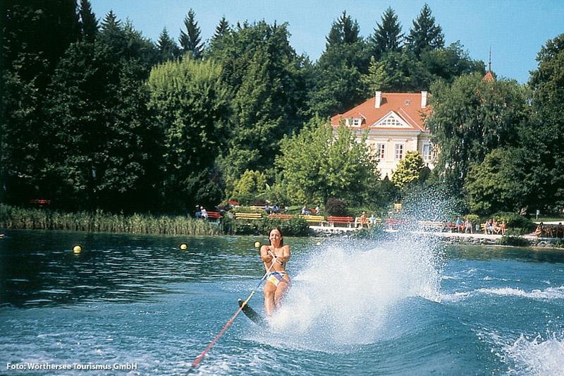 Wasserski fahren auf dem Wörthersee