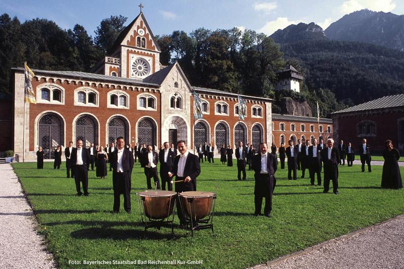 Philharmonie vor der Alten Saline