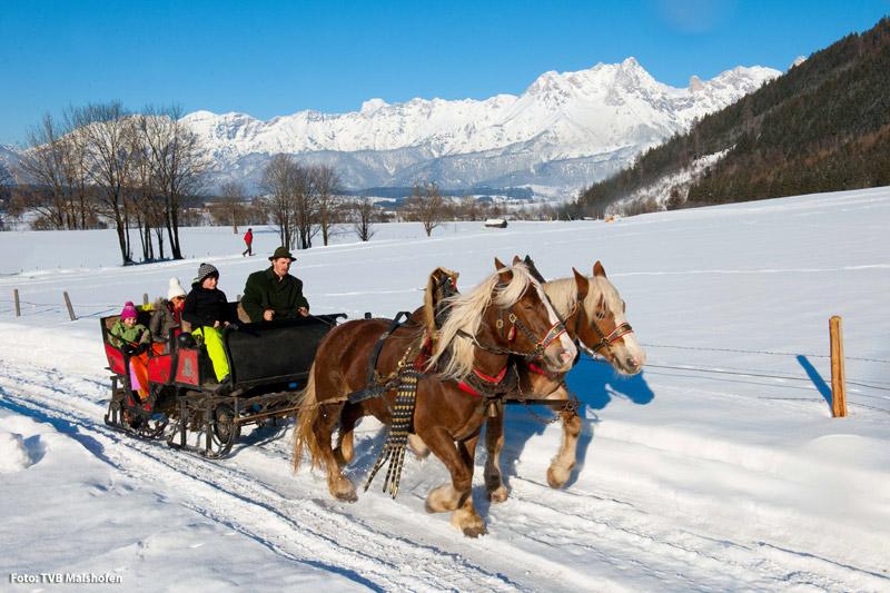 Pferdekutschfahrt durch Maishofen