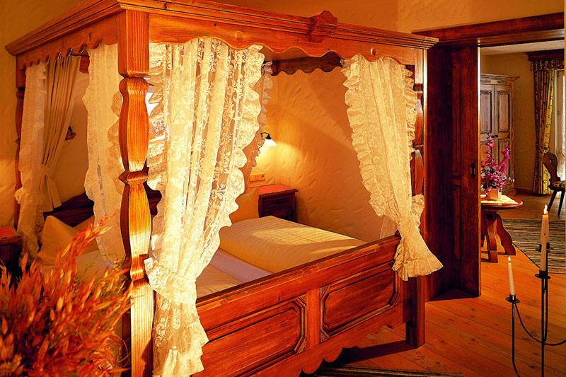 Suiten für 2-4 Personen mit  Balkon