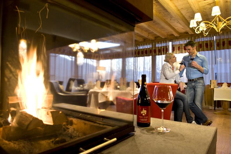 Romantik wird auch im Restaurant des Naturhotels Lüsnerhof in Südtirol ganz groß geschrieben