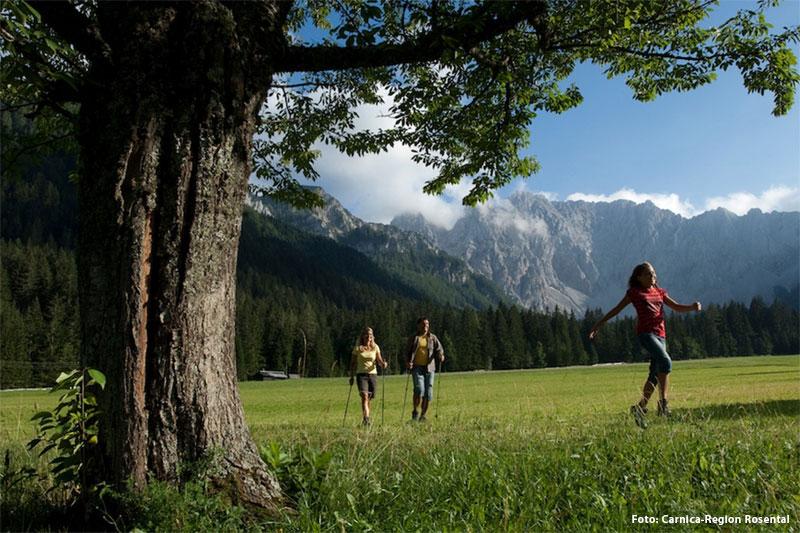 Wandern und Nordic Walking in der Carnica-Region Rosental