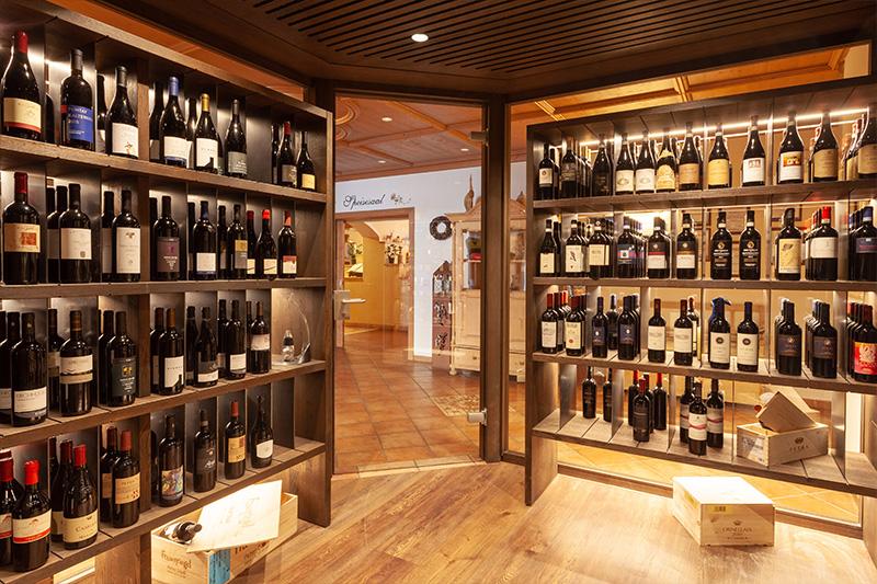 AlphotelTyrol-Weinsortiment