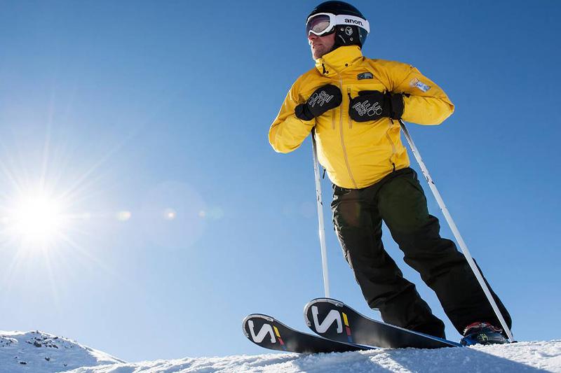 AlphotelTyrol-Winter-Skifahrer