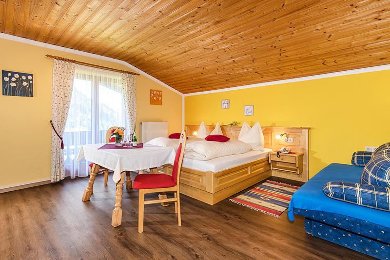 Ferienwohnungen und Zimmer