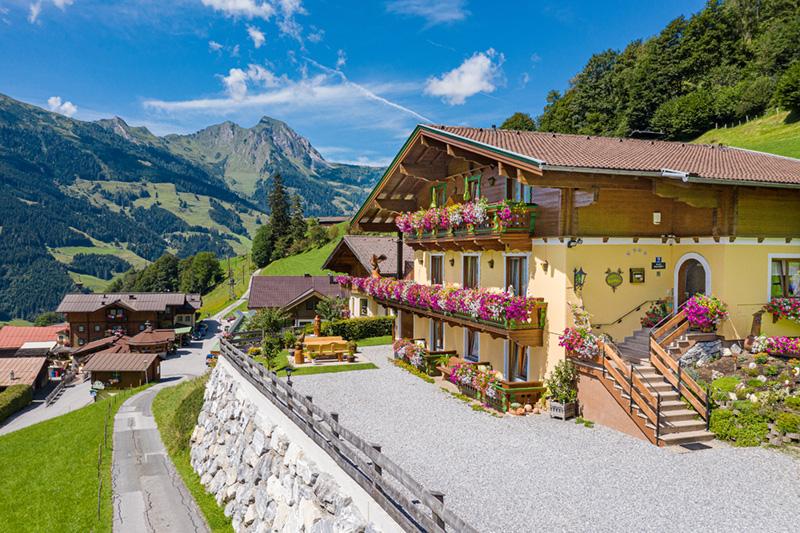 Sommerurlaub im 4 Edelweiß Gästehaus Hagenhofer