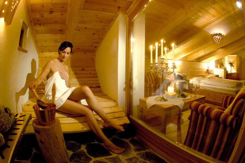 Sauna in der Suite