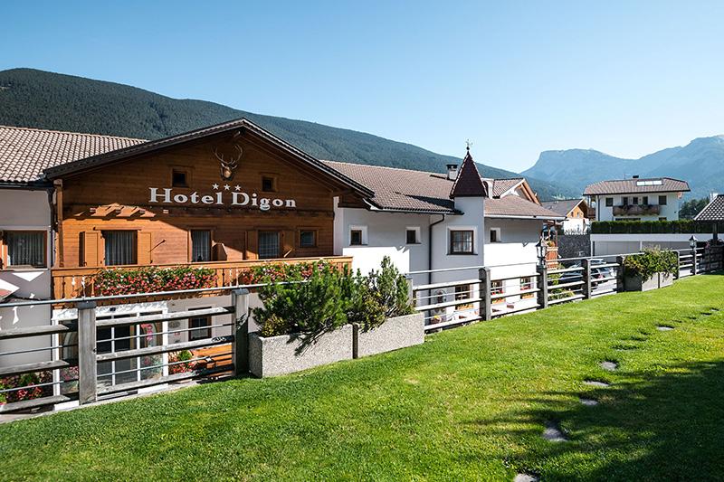 Sommerurlaub im Hotel Digon in in St. Ulrich/ Gröden