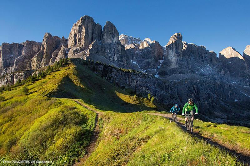 Mountainbiketour rund um die Sellagruppe in den Dolomiten