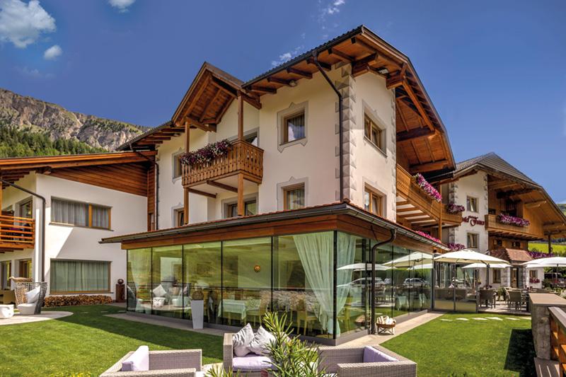 Sommerurlaub im Fanes Alpine Superior Hotel in Wolkenstein (Gröden)
