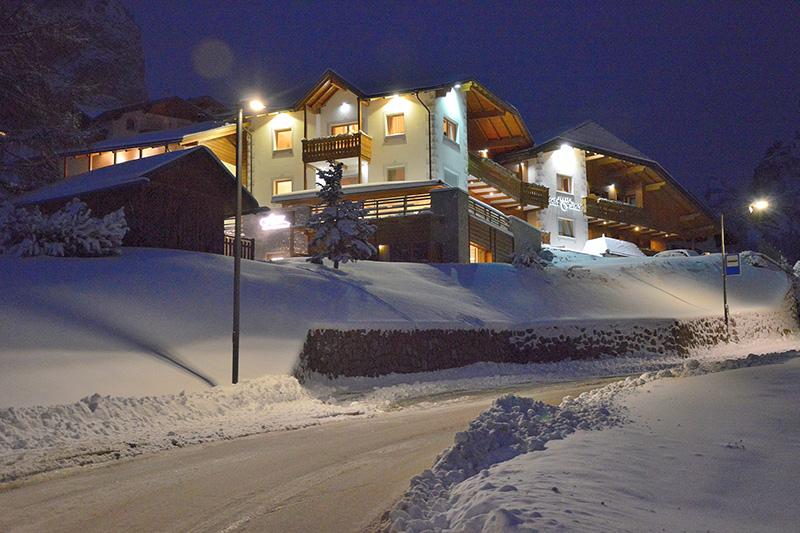 Winterurlaub im Fanes Alpine Superior Hotel