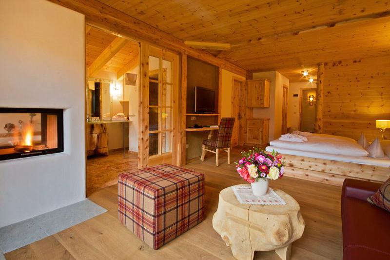 Romantiksuite Lüsnerhof 65m² im Romantikhotel Lüsnerhof, ganz versteckt im Lüsnertal in Südtirol