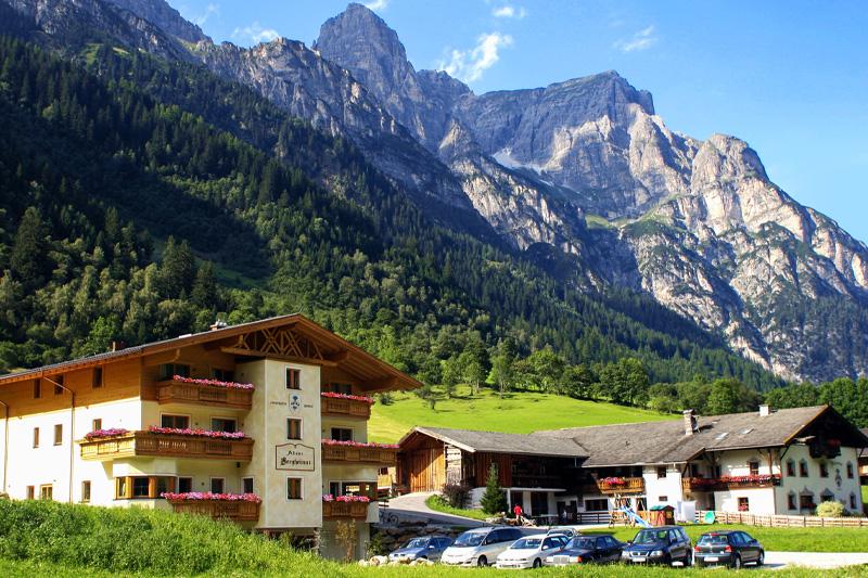 Sommerurlaub in der Alfaier Bergheimat und auf dem Bauernhof Alfaierhof