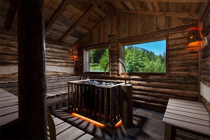 Saunawelt im Wellnesshotel Alpenhof