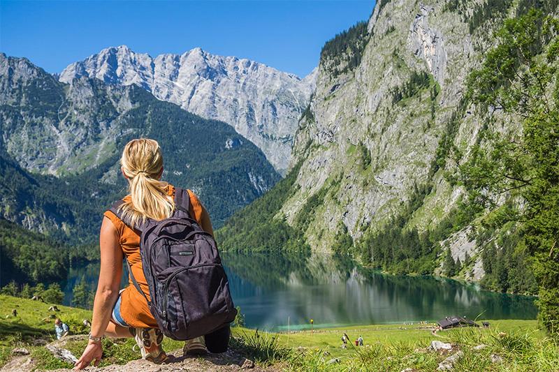 Wandern mit Blick auf den Königssee