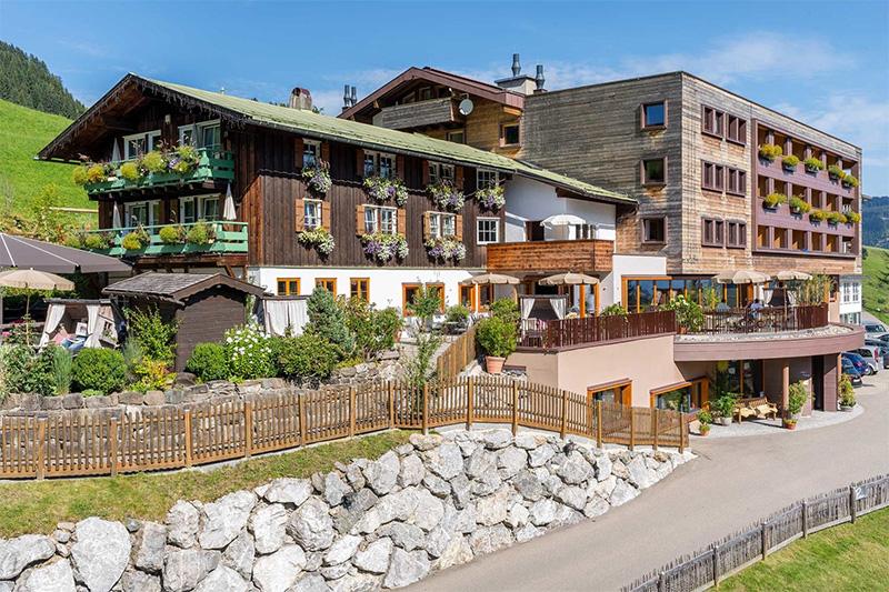 Sommerurlaub im Kinderhotel Alphotel im Kleinwalsertal