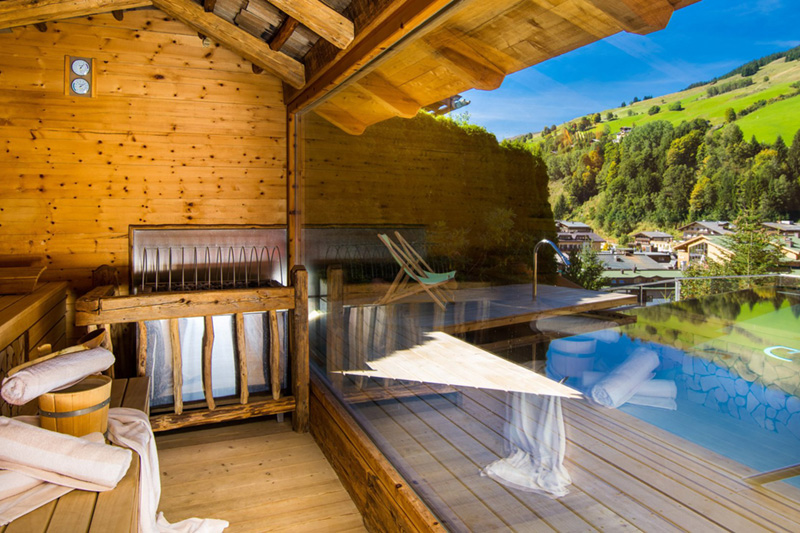 Saunabereich mit Ausblick