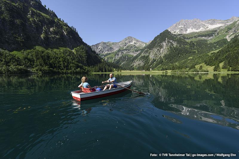 Bootfahren und Angeln im wohl schönsten Hochtal Europas
