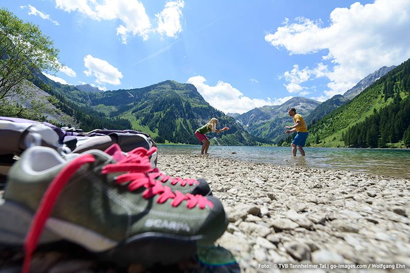 Für die Wanderpause bietet sich einer der Seen im Tannheimer Tal an