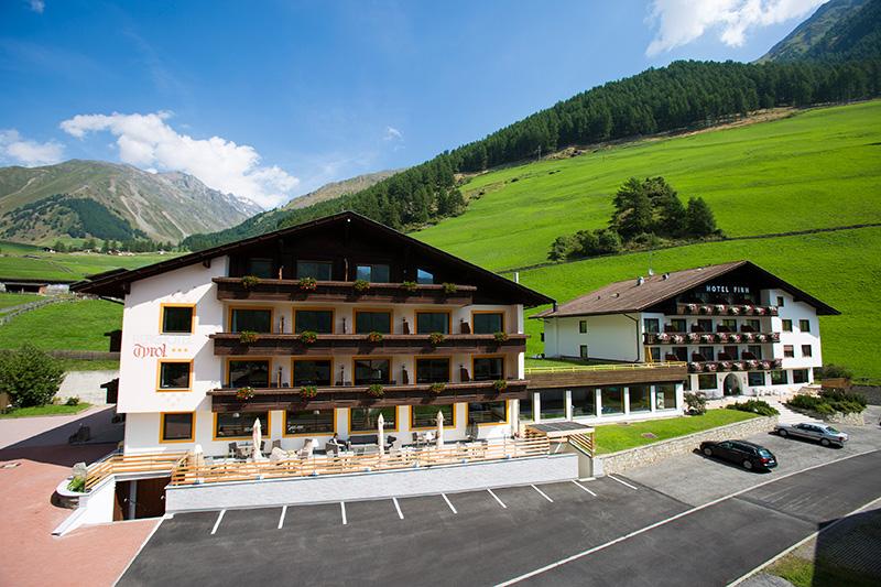 Sommerurlaub im Berghotel Tyrol im Schnalstal