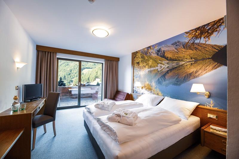 Berghotel-Tyrol-Zimmer