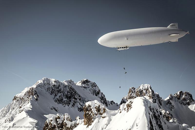 Zeppelin Skiing am Kleinen Valkastiel im Brandnertal