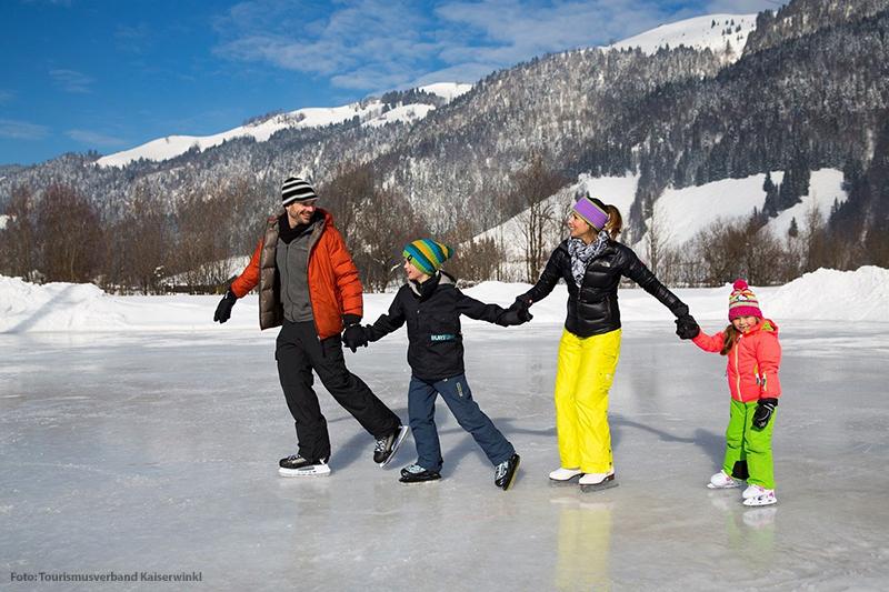 Eislaufen in Walchsee Tirol