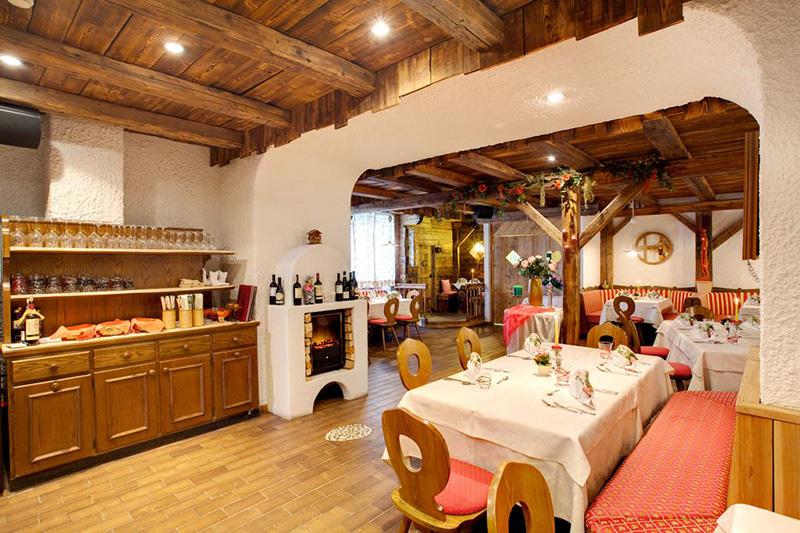 Restaurant im Hotel Castel Latemar