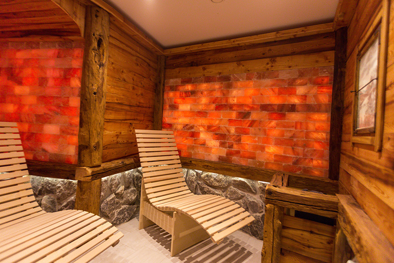Salzhütt'l aus 300 Jahre altem Holz aus Tirol