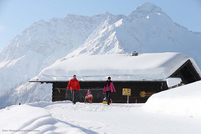 Winterwanderwege und Schneeschuhtouren im Kleinwalsertal