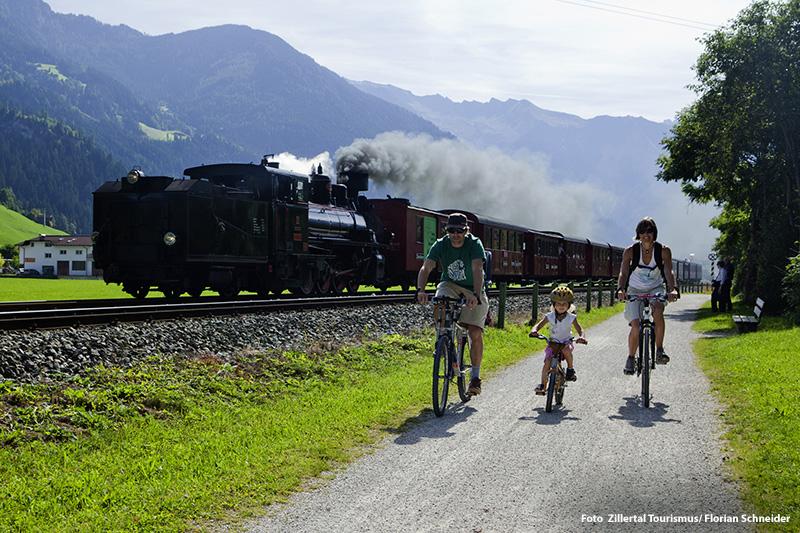 Radwandern an der Zillertalbahn