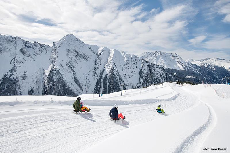 Rodelspaß & Snowtubing im Zillertal