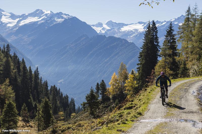 800 km MTB-Strecken mit Aussicht auf die mächtigen Gletscher zwischen Großglockner und Großvenediger