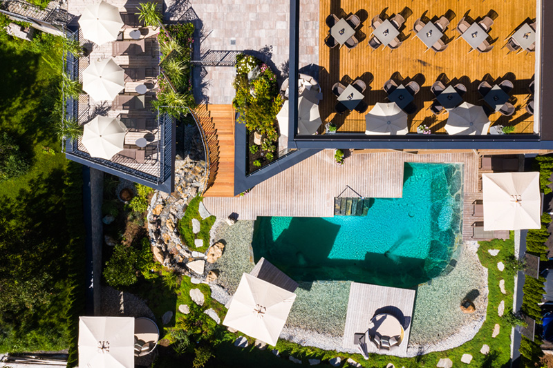 Crystal- und GartenSPA auf über 1.200 m² mit Hallenbad, Sauna und behaglichen Ruheräumen