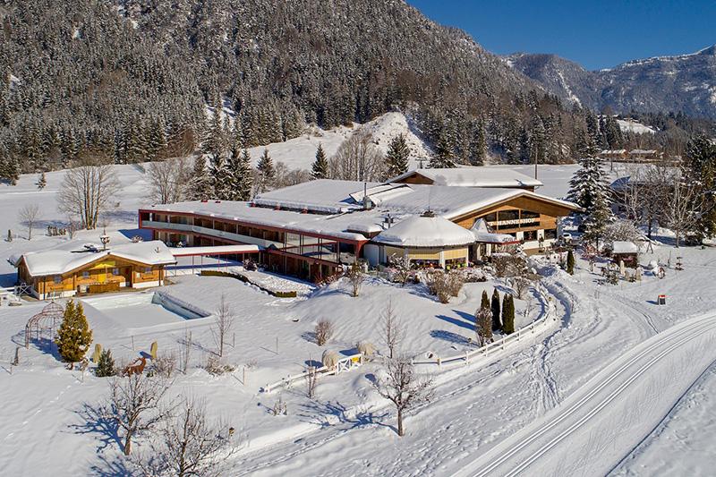 Winterurlaub im Hotel Gut Hanneshof in den Kitzbüheler Alpen - St. Johann